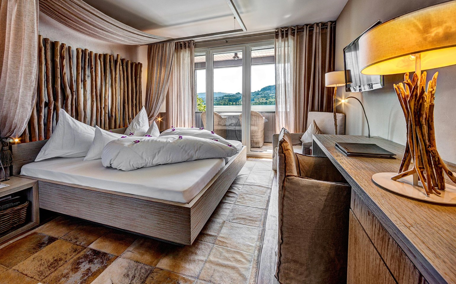Seerose Resort and Spa Meisterschwanden_Rooms_Classic_Lake_
